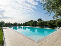 Ferienwohnung 419454 für 6 Personen in Manerba del Garda