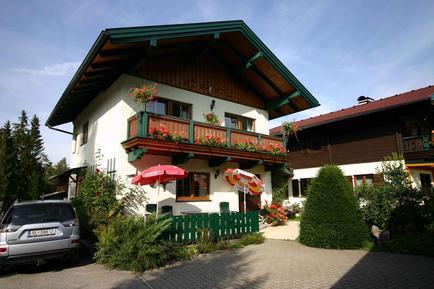 Gemütliches Ferienhaus : Region Wolfgangsee für 5 Personen