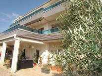 Appartamento 420594 per 5 persone in Makarska