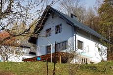 Appartement 421835 voor 5 personen in Svoboda Nad Upou