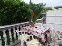 Ferienwohnung 423509 für 5 Personen in Jablanac
