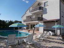 Appartement 426793 voor 4 personen in Poreč
