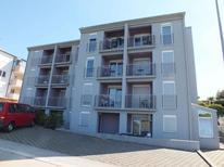 Appartement 427255 voor 8 personen in Savudrija