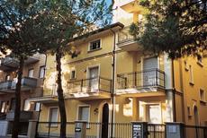 Ferienwohnung 427668 für 6 Personen in Cattolica