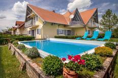 Ferienwohnung 428913 für 3 Personen in Balatonmariafürdö