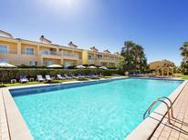 Appartement 431145 voor 4 personen in Pêra