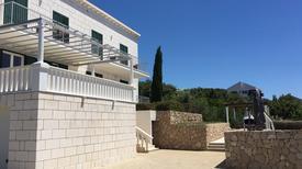 Ferienhaus 439489 für 18 Personen in Cavtat