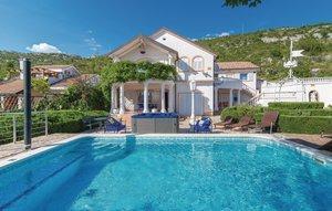 Gemütliches Ferienhaus : Region Dalmatien für 15 Personen