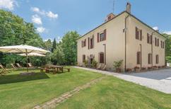 Villa 457009 per 20 persone in Chianni