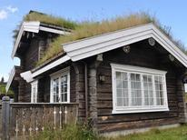 Holiday home 464431 for 8 persons in Kvitfjell