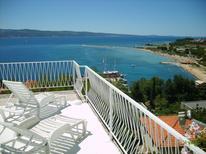 Ferienwohnung 466808 für 3 Personen in Omiš