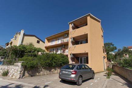 Für 5 Personen: Hübsches Apartment / Ferienwohnung in der Region Cres