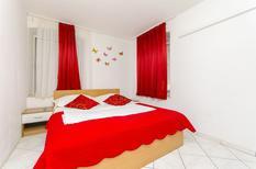 Appartement 468142 voor 5 personen in Split