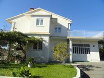 Ferienwohnung 468915 für 6 Personen in Trogir