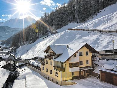 Gemütliches Ferienhaus : Region Sölden für 19 Personen