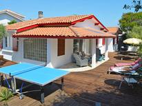Holiday home 475632 for 9 persons in Hourtin