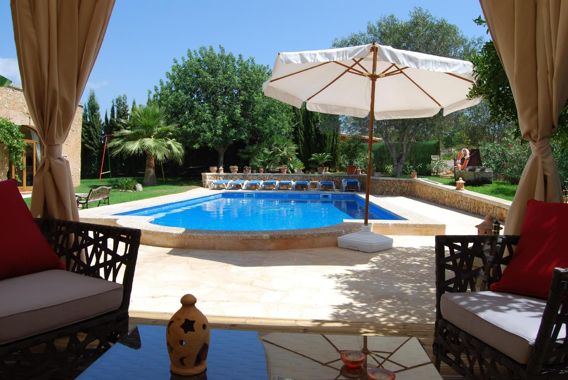 Ferienhaus mit Privatpool für 10 Personen ca 450 m² in Cas Concos des Cavaller Mallorca Südostküste von Mallorca