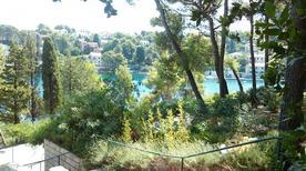 Ferienwohnung 480627 für 5 Personen in Splitska