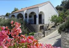 Appartement de vacances 481476 pour 5 personnes , Stomorska