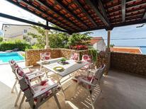 Ferienhaus 481624 für 8 Personen in Baska Voda