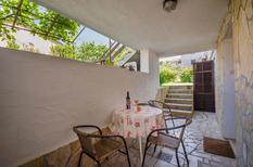 Ferienwohnung 481718 für 4 Personen in Poreč