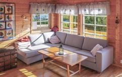 Vakantiehuis 481755 voor 4 volwassenen + 3 kinderen in Korssund