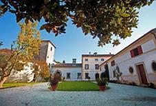 Ferienwohnung 482240 für 2 Personen in Colle Umberto