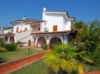 Ferienwohnung 487482 für 4 Personen in Eraclea Mare