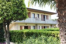 Appartement 487961 voor 4 personen in Lazise