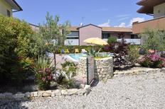 Appartement 487962 voor 4 personen in Lazise