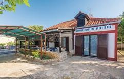 Casa de vacaciones 492716 para 5 personas en Privlaka