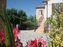 Vakantiehuis 497291 voor 11 volwassenen + 3 kinderen in Montefiore dell'Aso