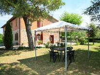 Appartement 499160 voor 3 personen in Castelnuovo Berardenga