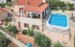 Vakantiehuis 601244 voor 12 personen in Okrug Donji