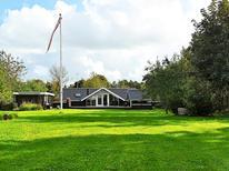 Vakantiehuis 607732 voor 6 personen in Kvie Sö
