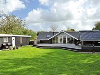 Holiday home 607732 for 6 persons in Kvie Sö