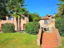 Ferienhaus 609111 für 2 Personen in Fabbrica di Peccioli