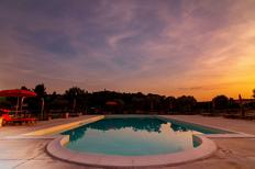 Ferienwohnung 610972 für 4 Erwachsene + 1 Kind in San Costanzo