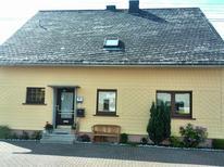 Appartement 616250 voor 5 personen in Nisterau