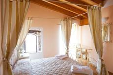 Appartement 616991 voor 8 personen in San Felice del Benaco