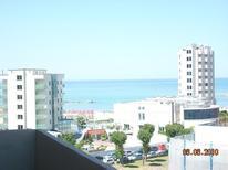 Ferienwohnung 617285 für 4 Personen in Pesaro
