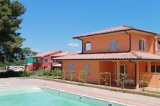 Holiday apartment 617455 for 7 persons in Puntone