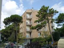Semesterlägenhet 617962 för 6 personer i Lido degli Estensi