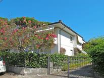 Appartamento 618807 per 5 persone in Lido di Camaiore