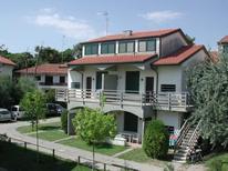Semesterlägenhet 620139 för 6 personer i Lido degli Estensi