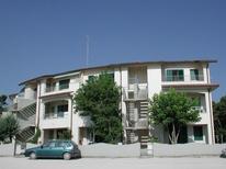 Appartement 620196 voor 6 personen in Lido di Spina
