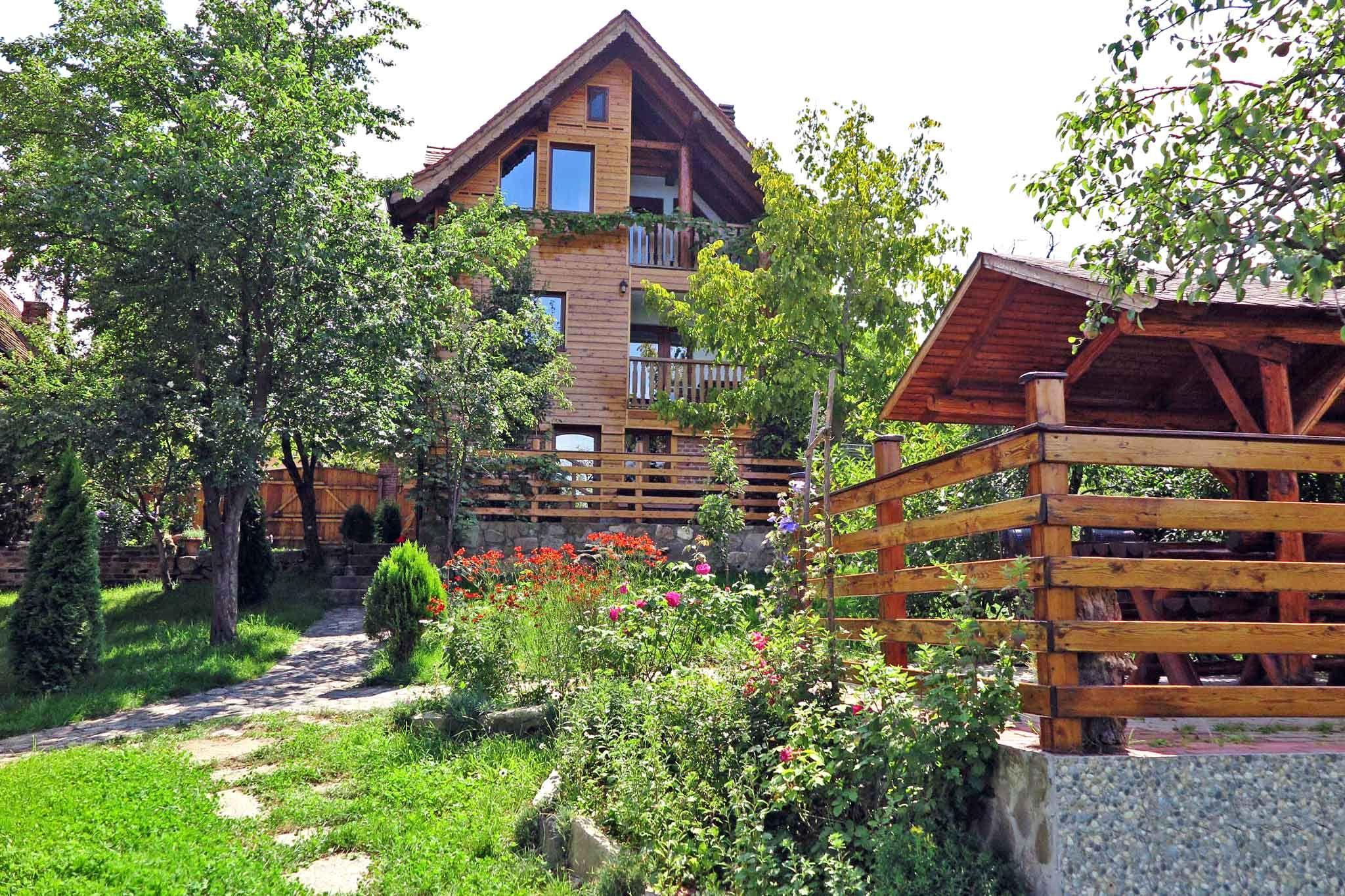 CASA VALE 6 Ferienhäuser in urigem Hirtendorf am Fuße der Karpaten