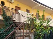 Appartement 623921 voor 5 volwassenen + 1 kind in Letojanni