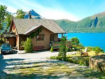 Dom wakacyjny 625814 dla 9 osób w Hundeidvik