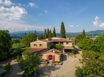 Ferienhaus 628373 für 16 Personen in Arezzo